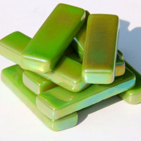 Rectangles - Green Grass Pearlised - 50g